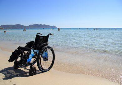 Zerogradinipertutti : Una spiaggia più ospitale per disabili e più accogliente con gazebo, lettini e pavimentazione